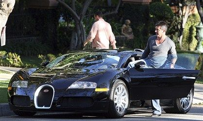 photo of Simon Cowell Bugatti-Veyron - car