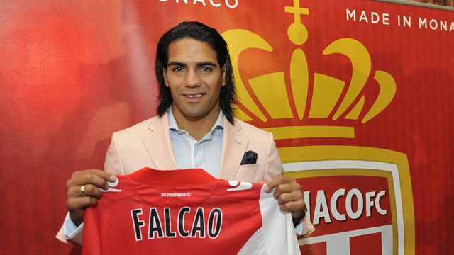 AS Monaco presenting new signing Radamel Falcao.