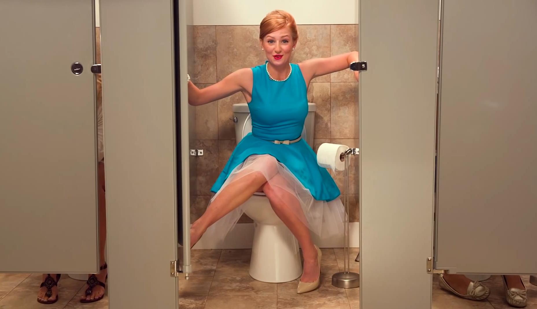 Секс в толчке онлайн, В туалете - Смотреть порно онлайн, секс видео бесплатно 29 фотография