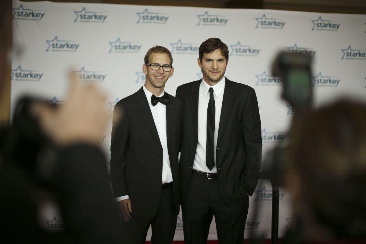 Ashton Kutcher Bruder