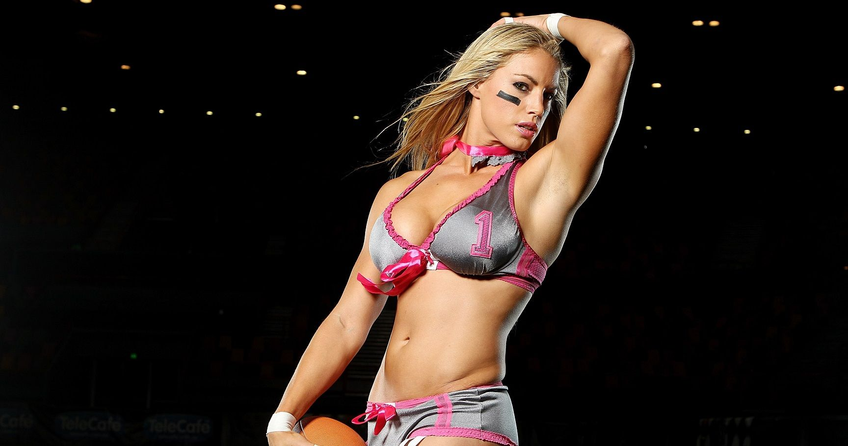 15 Sexiest Women in the Legends Football League