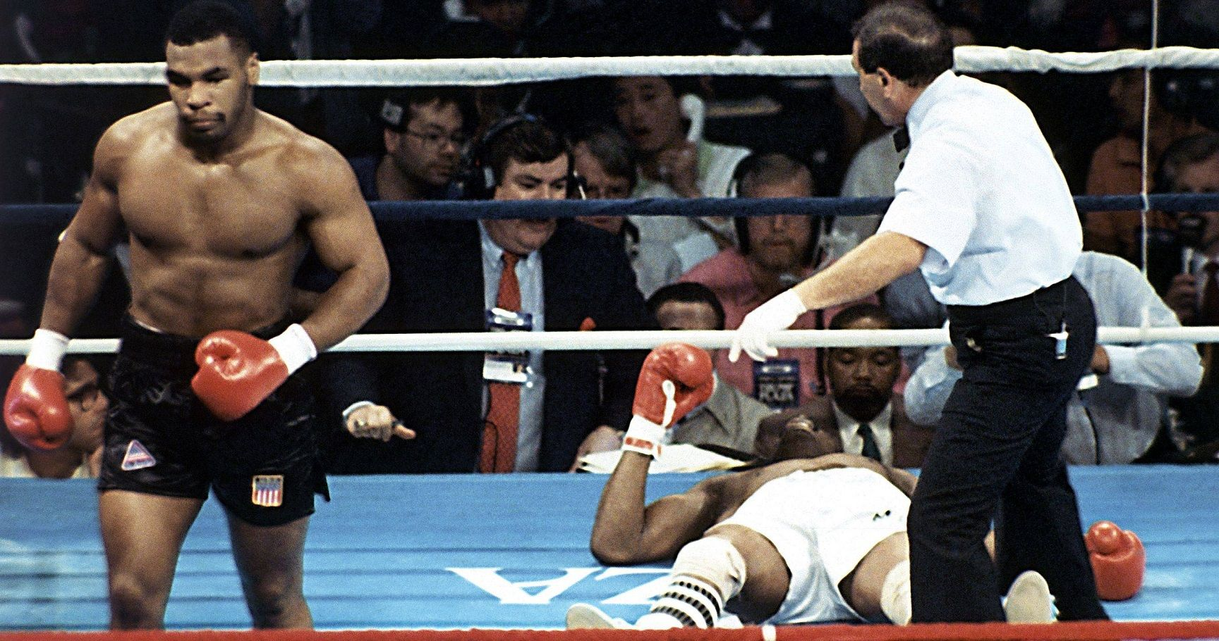 Top 10 Greatest Mike Tyson Knockouts