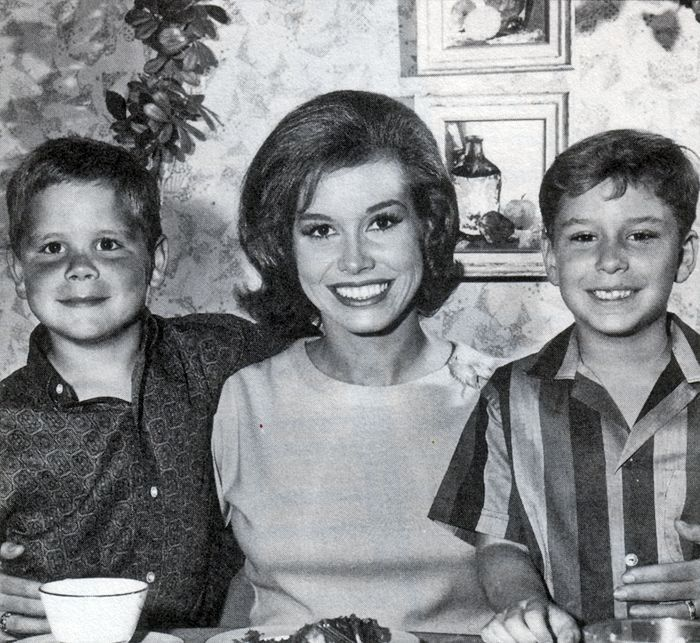 8. Mary Tyler Moore – Richard Meeker Jr.