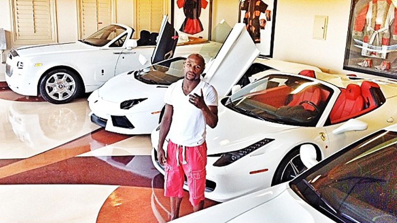 I Am A Billionaire Floyd Mayweather As He Shows Off His Super Cars