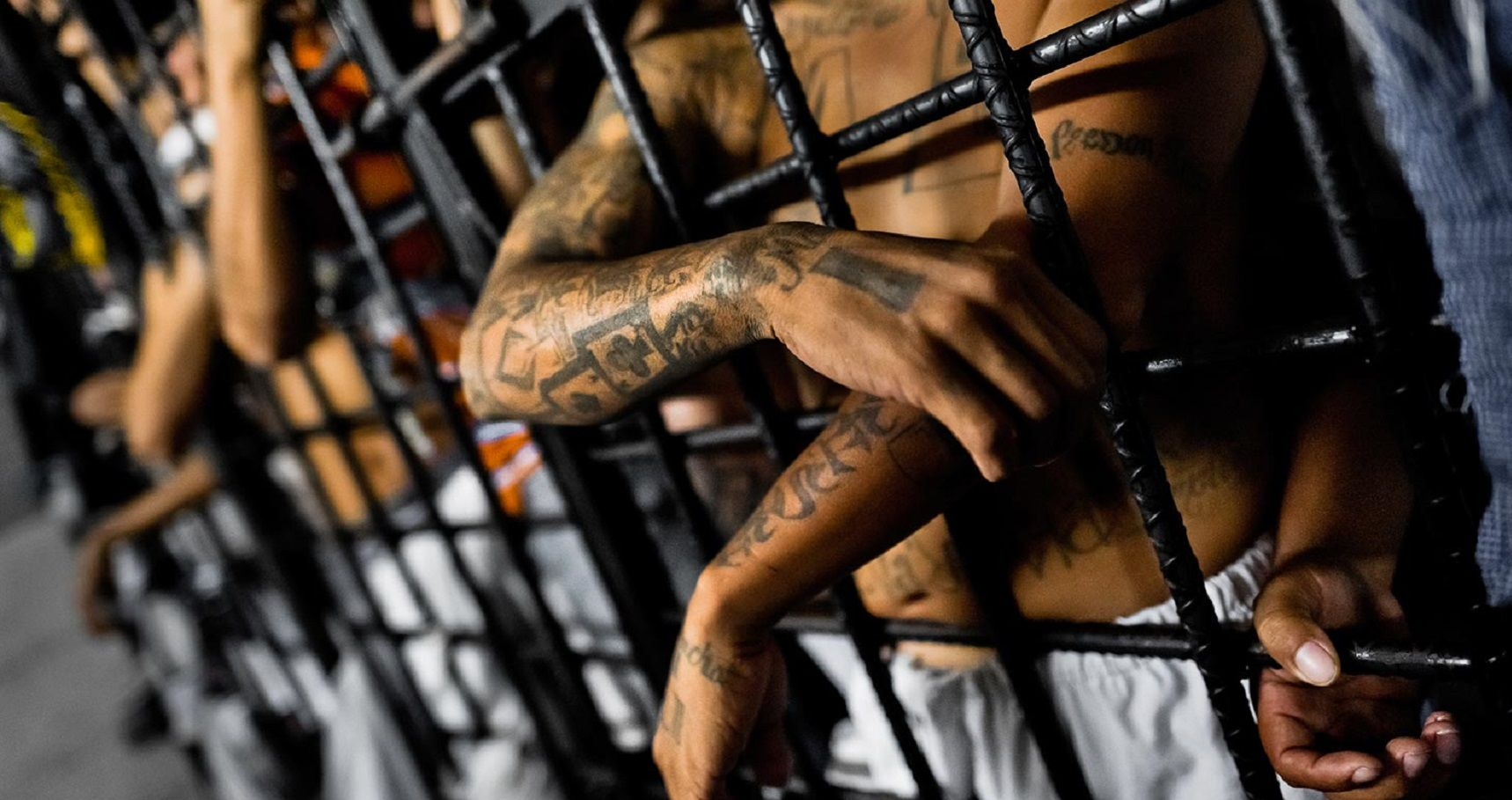 causes of gangs in prison Prison gangs were first developed in the 1960's and have been around for decades florida houses six of the most nationally known prison gangs sometimes, depending on your gang affiliation, it could be the cause of life or death people join gangs in prison that they wouldn't otherwise join if they.
