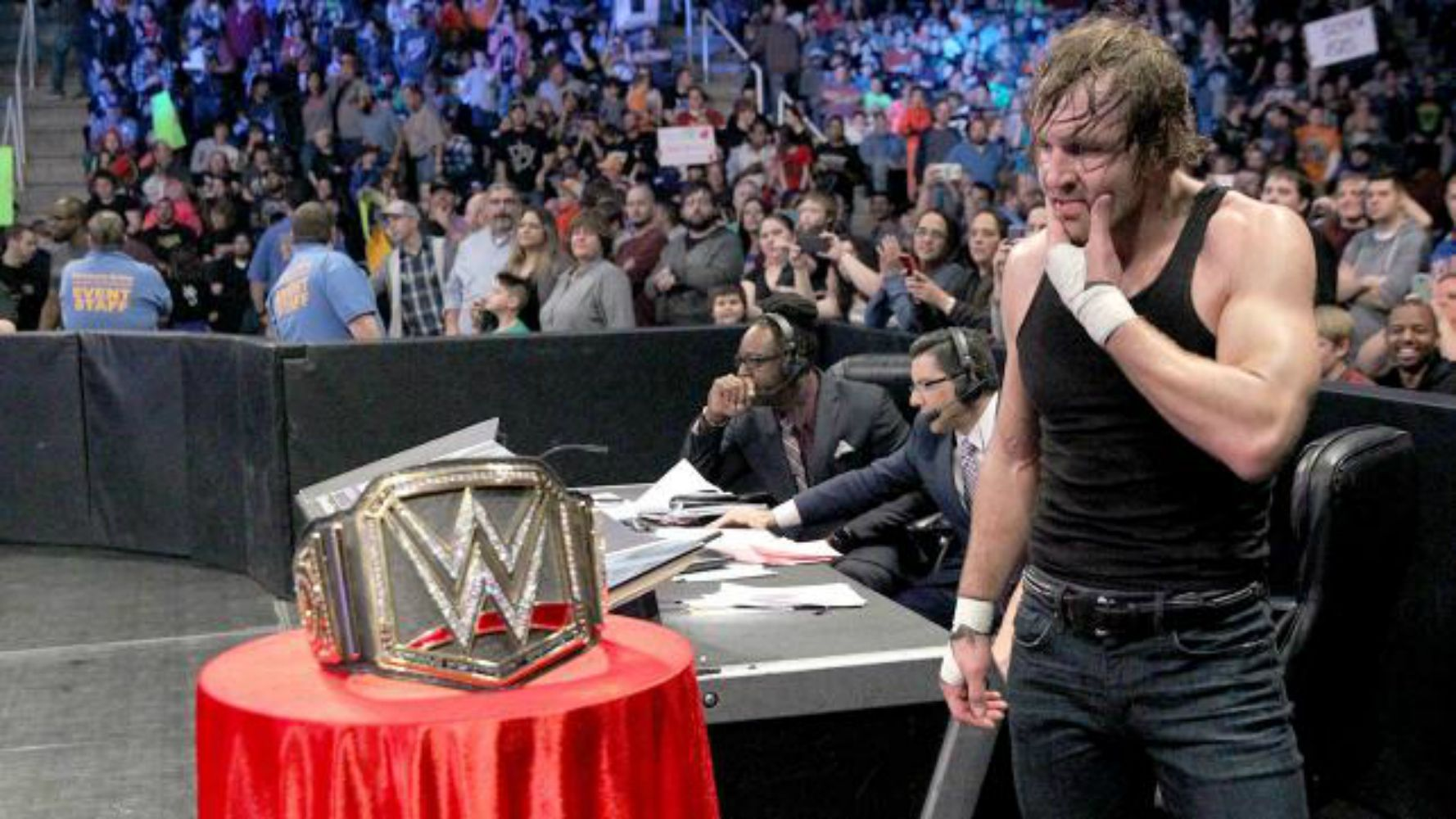 10 Wrestlers With A Shot At The WWE Heavyweight Title In 2016