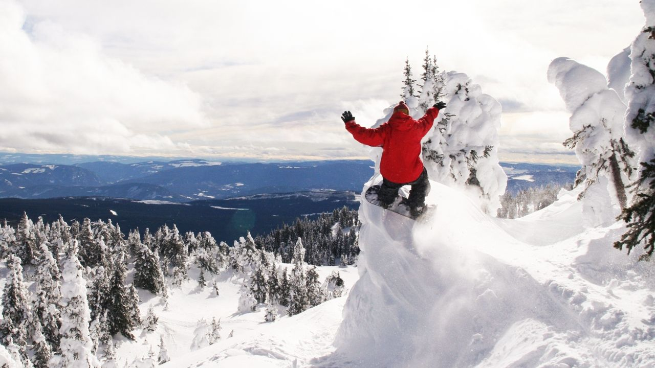 Most Incredible Places To Snowboard
