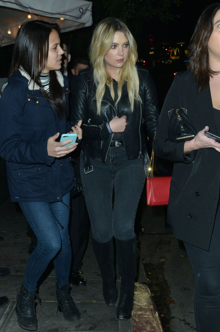 24 Photos Of Ashley Benson That Show Shes All Grown Up Big World Tale Jogger Training Army Dc Blond Cotton 9 In Black