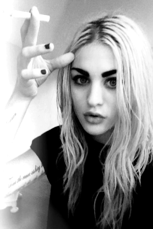 Frances Bean Cobain Net Worth