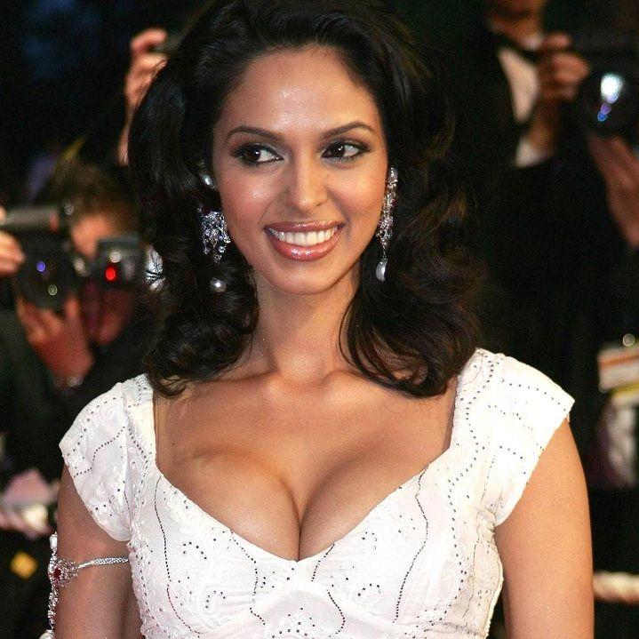 Mallika Sherawat Net Worth